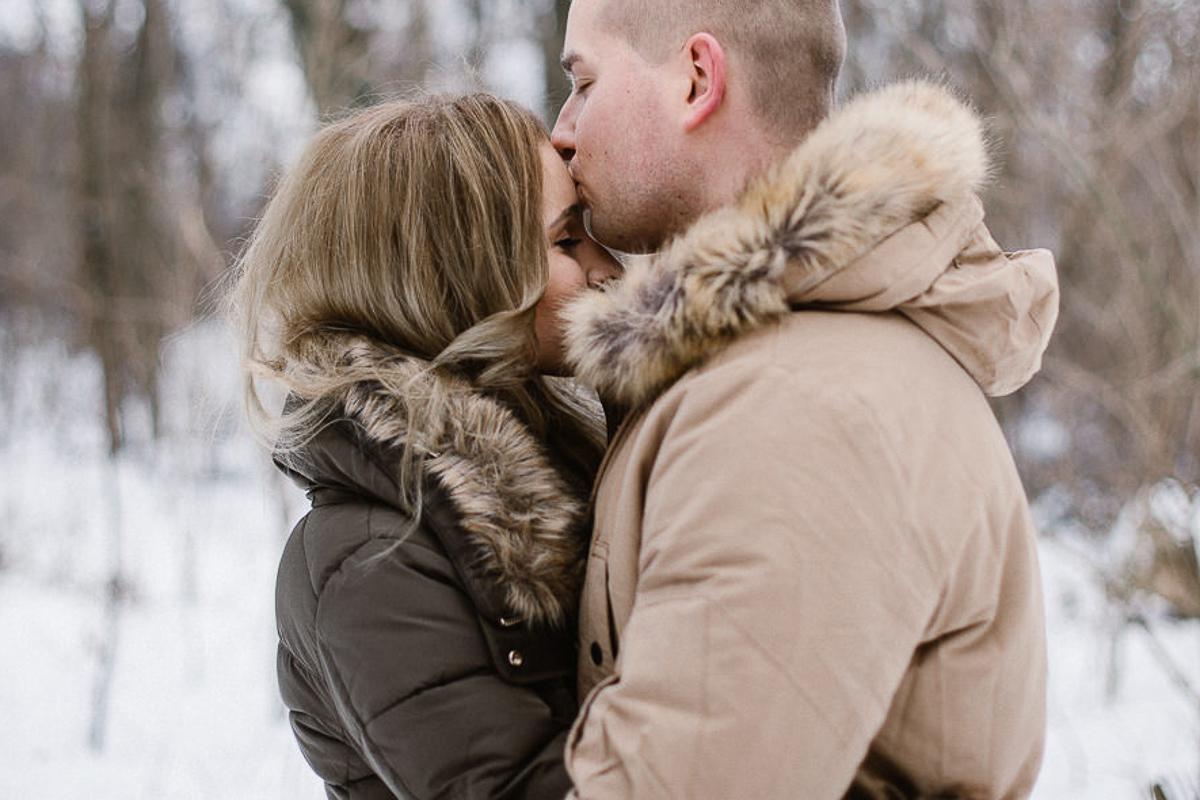 cute couple in winter warsaw polish photographer maria kania